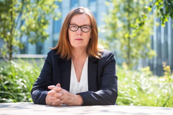 Quién es Sarah Gilbert, la prestigiosa científica detrás de la vacuna de Oxford
