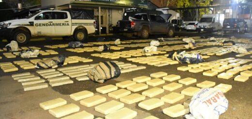 Gendarmería incautó más de 900 kilogramos de marihuana en Cerro Corá, hay un detenido