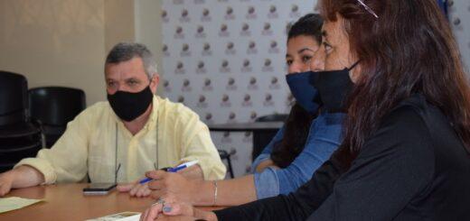 Vendedores ambulantes de Posadas manifestaron preocupación ante la Defensoría del Pueblo por la falta de regulación de su actividad