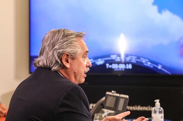 """Alberto Fernández: """"Me enorgullece que esto lo hacen científicos argentinos"""""""