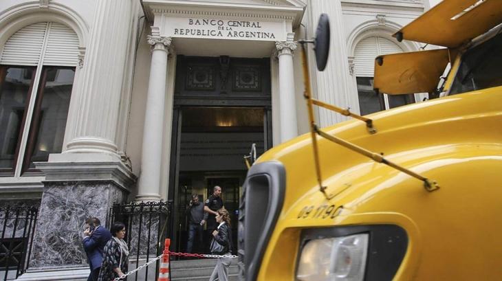 """El Banco Central bloqueó 5 mil cuentas de """"coleros"""" digitales"""