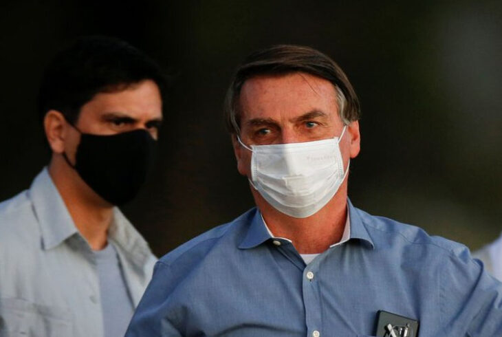 Bolsonaro vetó el pago de fondos a trabajadores sanitarios incapacitados por el coronavirus
