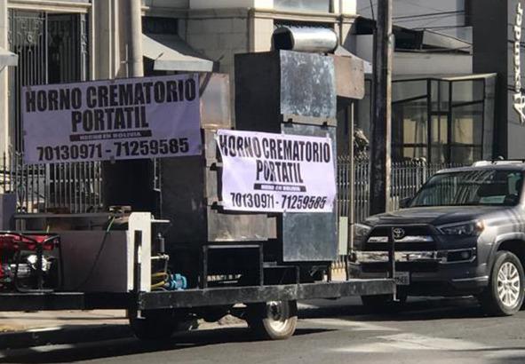 Coronavirus: ante el colapso de las funerarias, fabrican hornos crematorios portátiles en Bolivia