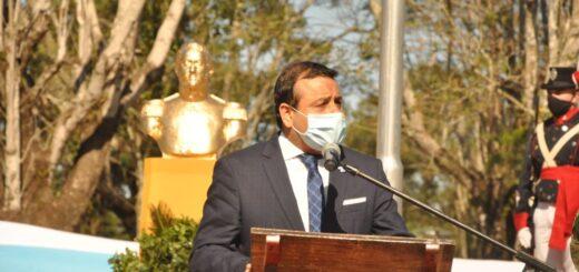 El Gobernador Oscar Herrera Ahuad encabezó el homenaje al General San Martín haciendo hincapié en su legado cultural