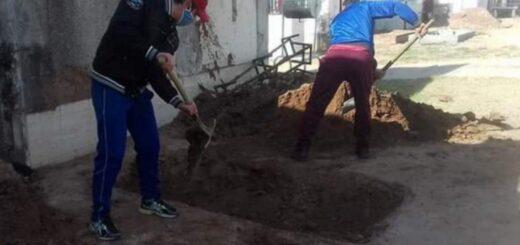 Jujuy: su mamá murió por coronavirus y tuvo que cavar una fosa para enterrarla