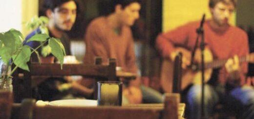 Coronavirus: Puerto Iguazú habilitó los shows en vivo en bares y restaurantes