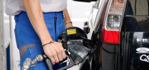 Alza del precio del combustible: según Jalaf, con el dólar oficial el litro de nafta debería rondar los 73 pesos