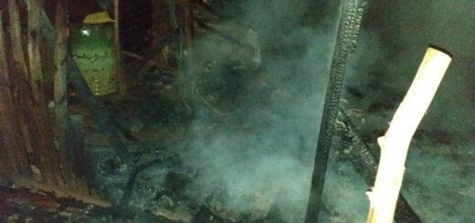 Un incendio destruyó totalmente una vivienda en Jardín América