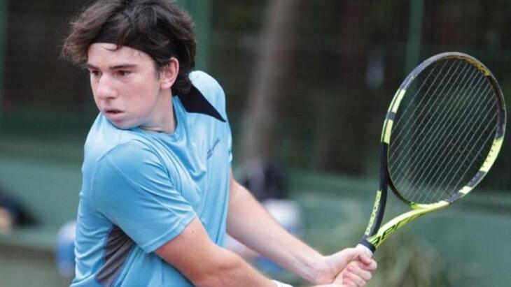 """Ezequiel Monferrer ajusta detalles para una gira por Europa: """"Mi sueño es ganar Roland Garros"""", sueña el tenista posadeño"""