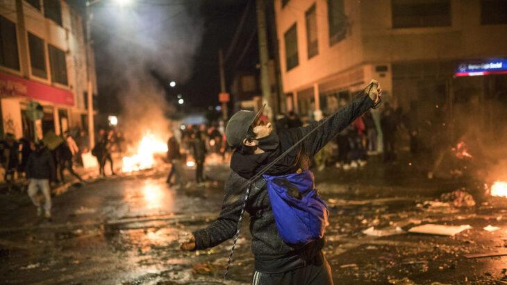 Al menos 5 muertos en las protestas de Bogotá, luego de la muerte de un abogado a manos de la Policía