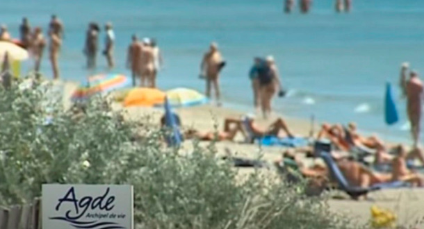 Organizaron una fiesta nudista en Francia y se contagiaron de coronavirus