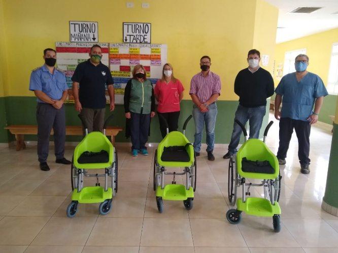 Solidaridad misionera: internos de la UP III  armaron sillas de ruedas para niños