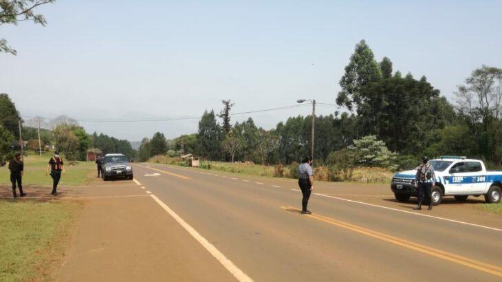 Una madre y su hijo de cuatro años fueron atropellados cuando cruzaban la ruta 14: la mujer está grave y el menor murió