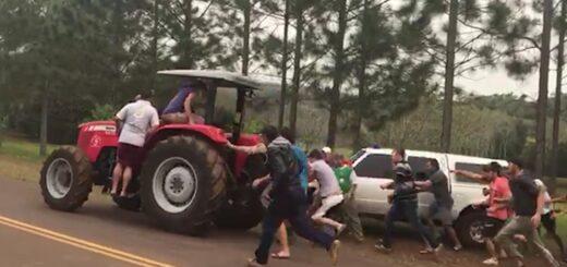 """Tractores ilegales: el intendente de Aurora advirtió que """"habrá un derramamiento de sangre"""" si no solucionan el conflicto entre productores y la Prefectura"""