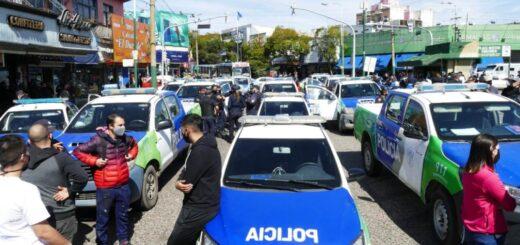 """""""Sirenazos"""" y retención de tareas: por qué la Policía de Buenos Aires mantiene sus protestas a pesar de la promesa de un aumento salarial"""