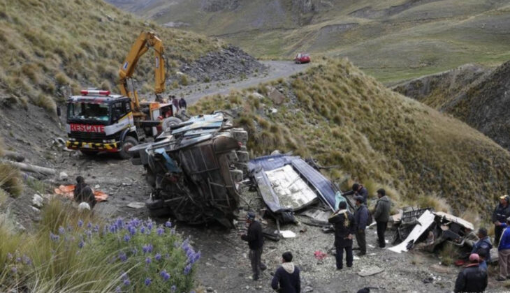 Al menos 19 muertos y 17 heridos en un accidente en Bolivia
