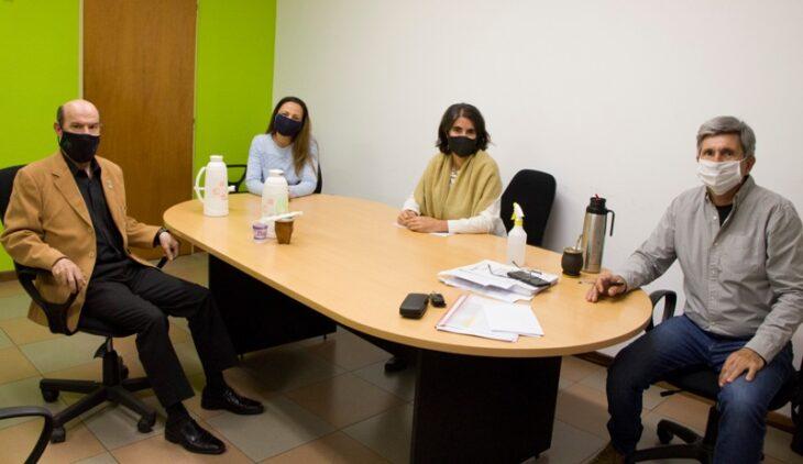 Reunión de trabajo entre el INYM y la Facultad de Exactas