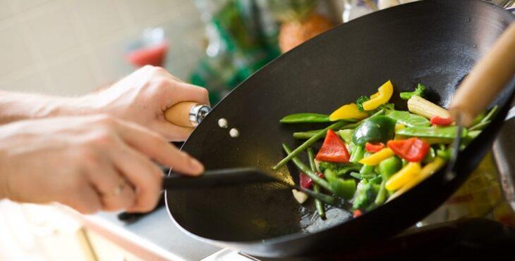 ¿Querés cocinar más saludable? Recomendaciones básicas para lograrlo