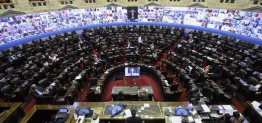 Escándalo en Diputados: en plena sesión, un legislador tuvo un momento de fogosidad con su pareja