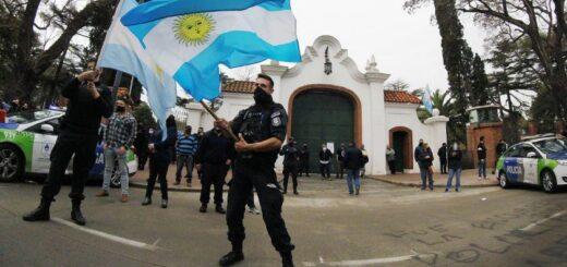 Rebelión policial: el arco político repudió la manifestación de los efectivos bonaerenses frente a la Quinta de Olivos