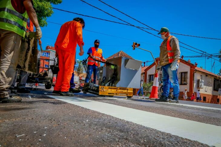 Obras de Vialidad en la provincia: trabajan en el acceso a Pueblo Salto y en la avenida Germán Kordts de Alem