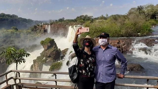 El ministro Alarcón dijo que los casos de coronavirus en Iguazú están bien identificados y que no afectarán al turismo interno