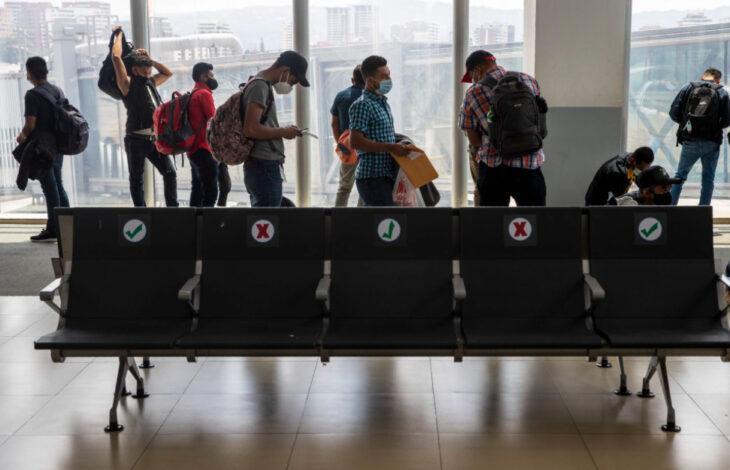 El Gobierno restringirá la cantidad de vuelos internacionales: afectará las rutas a EEUU, Europa, Brasil y México