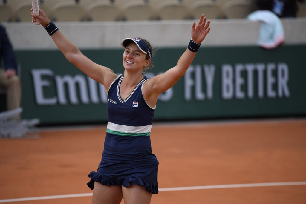 Roland Garros: Nadia Podoroska le ganó a Krejcikova y se metió en los cuartos de final