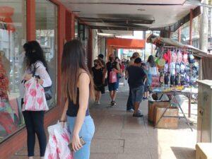 Comerciantes posadeños dicen estar satisfechos por las ventas del día de la madre