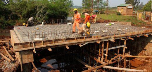 Vialidad construye puentes en los municipios de San José y Apóstoles
