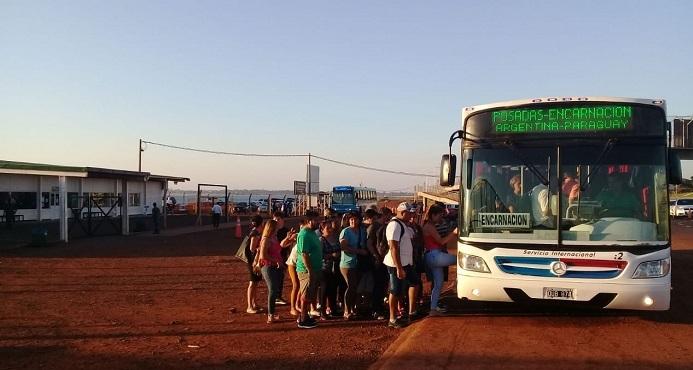 Paraguayos confían que antes de Navidad se habilite el Puente Internacional que une Posadas y Encarnación