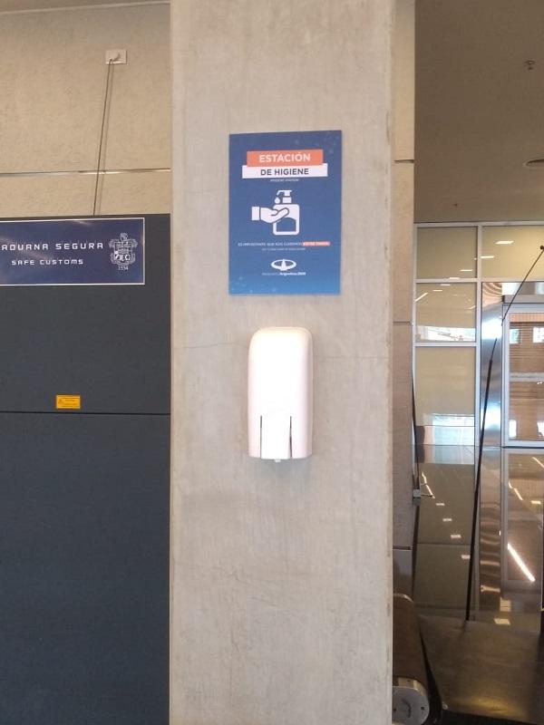 Después de siete meses sin actividad volvieron los vuelos a Puerto Iguazú