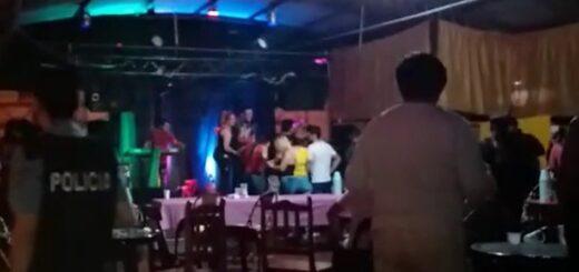 Clausuraron un resto-bar en Alem por infringir las normas de seguridad con 150 personas en el lugar