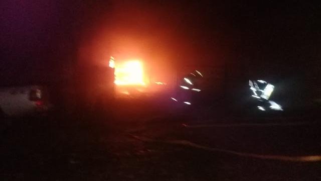 Incendiaron el auto y la casa del jefe de Gendarmería