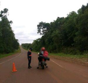 Oberá: operativo de seguridad dejó un detenido, 3 motocicletas y 5 licencias retenidas