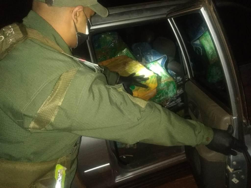 Narcotráfico en Misiones: Gendarmería detuvo a un hombre que circulaba con 407 kilos de marihuana sobre la Ruta Provincial Nº5
