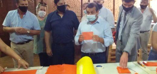 Herrera Ahuad y el IFAI entregaron subsidios y herramientas en Alem por un monto de 700 mil pesos