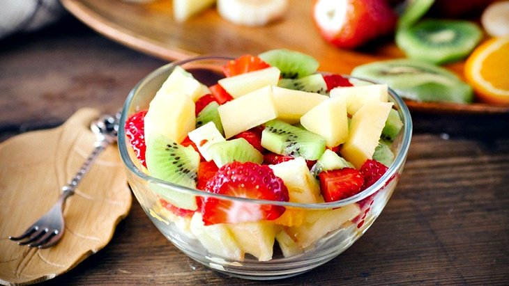 Nutrición: ¿conviene comer frutas en el desayuno?
