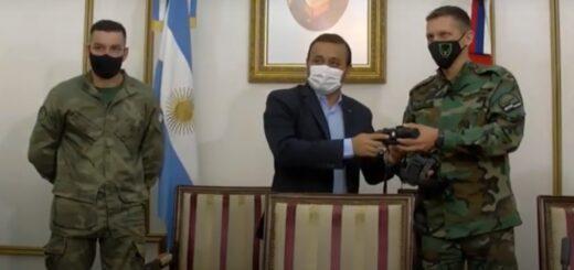 El gobernador de Misiones Oscar Herrera Ahuad participó de la entrega de equipamiento para los guardaparques en el marco del Proyecto Zorro Pitoco