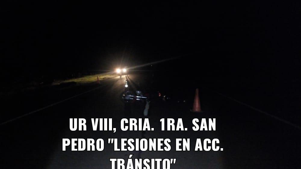 Con total imprudencia, un joven motociclista llevaba a bordo a su esposa y tres pequeños hijos cuando chocó contra otra moto en San Pedro