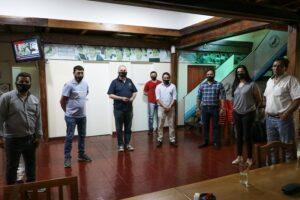 """Passalacqua se reunió con autoridades de UDPM para """"analizar alternativas a futuro"""" de la educación en la provincia"""