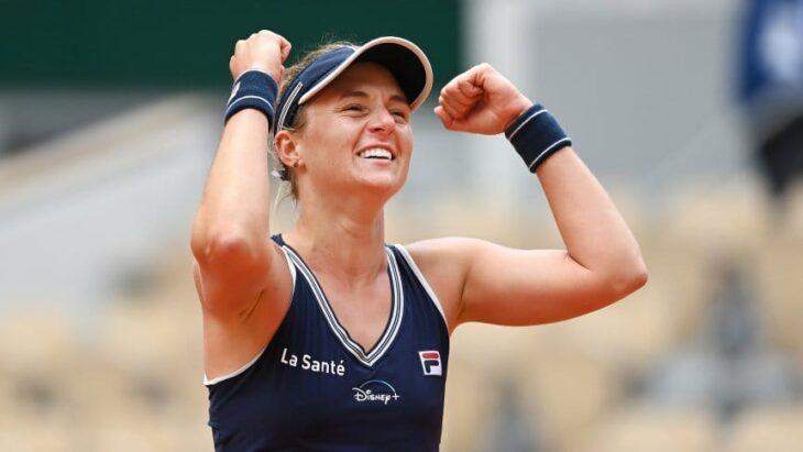 Nadia Podoroska se mide ante Iga Swiatek en busca de un lugar en la final del Roland Garros
