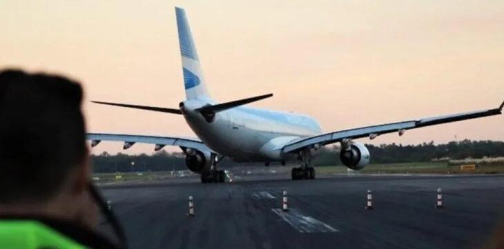 Argentina suspende vuelos que lleguen o tengan como destino a Italia, Dinamarca, Países Bajos y Australia