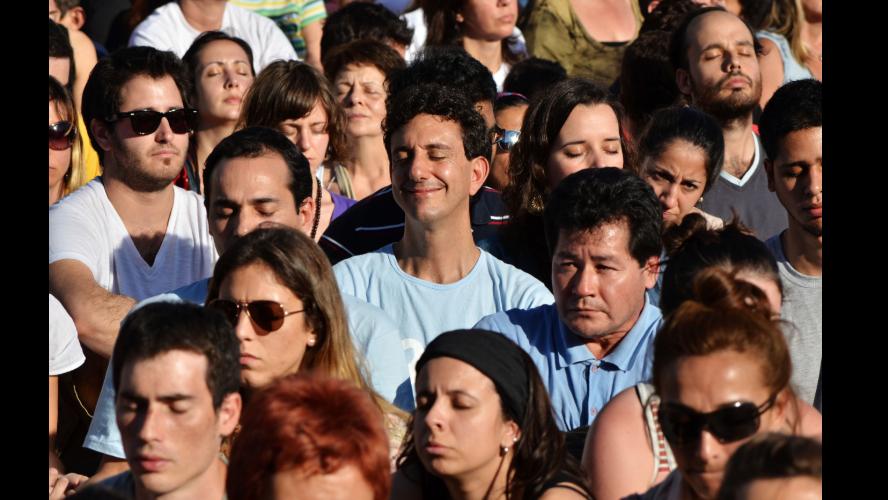 """Organizan una multitudinaria jornada de """"meditación masiva online para sanar la mente y elevar la energía"""""""