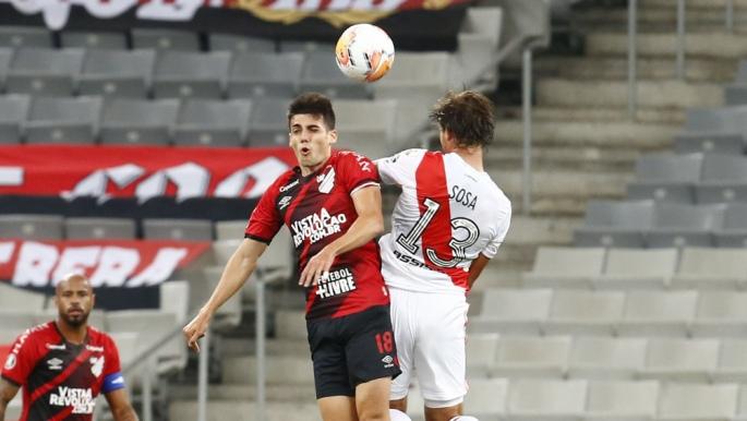 River fue más y sobre la hora rescató un empate ante Paranaense por la Copa Libertadores