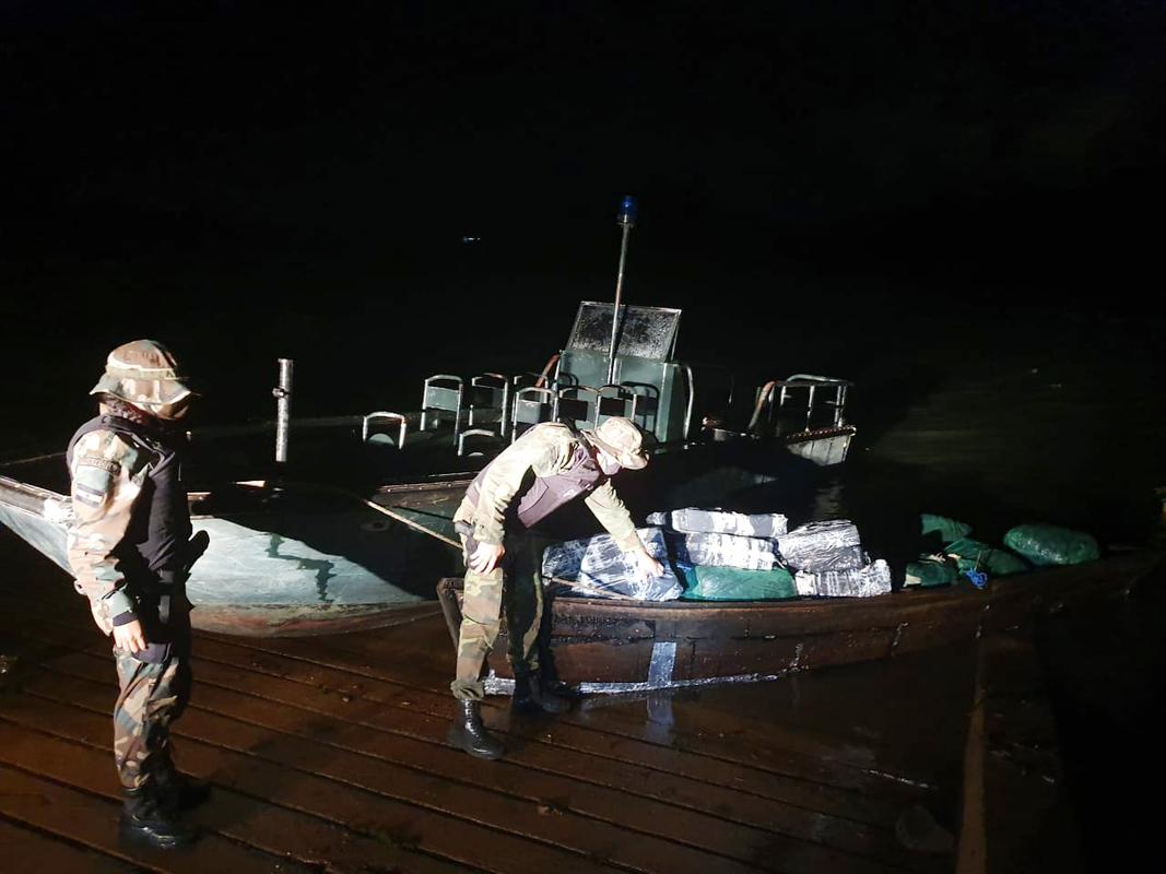 Santa Ana: Prefectura decomisó un cargamento de 362 kilos de marihuana