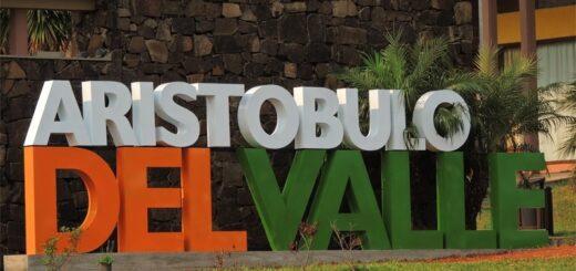 Aristóbulo del Valle: empleados tomaron la Municipalidad y piden un aumento salarial