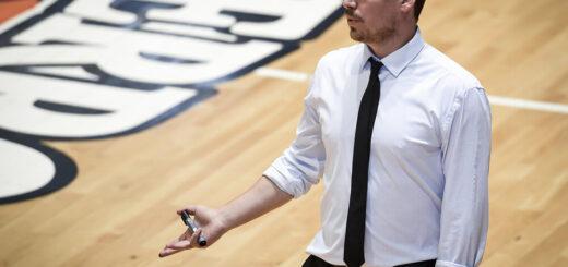 """Hiriart, entrenador del OTC: """"Estoy tranquilo porque fuimos competitivos"""""""