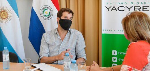 El Director Ejecutivo de la EBY recibió a la intendenta de Santo Pipó