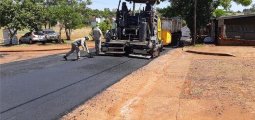 Continúan los trabajos de asfalto sobre empedrado en Posadas